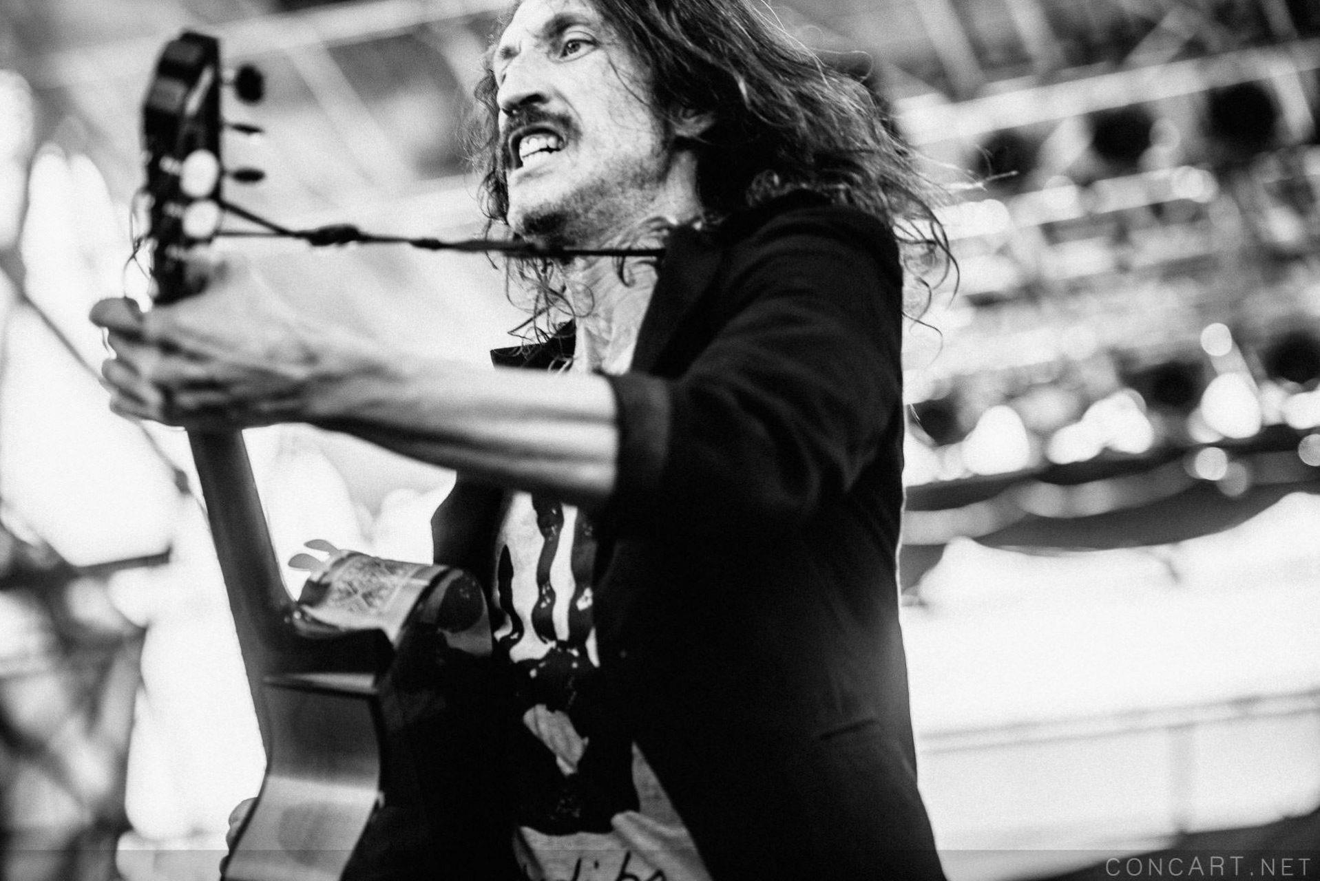 Gogol Bordello photo by Sean Molin 14