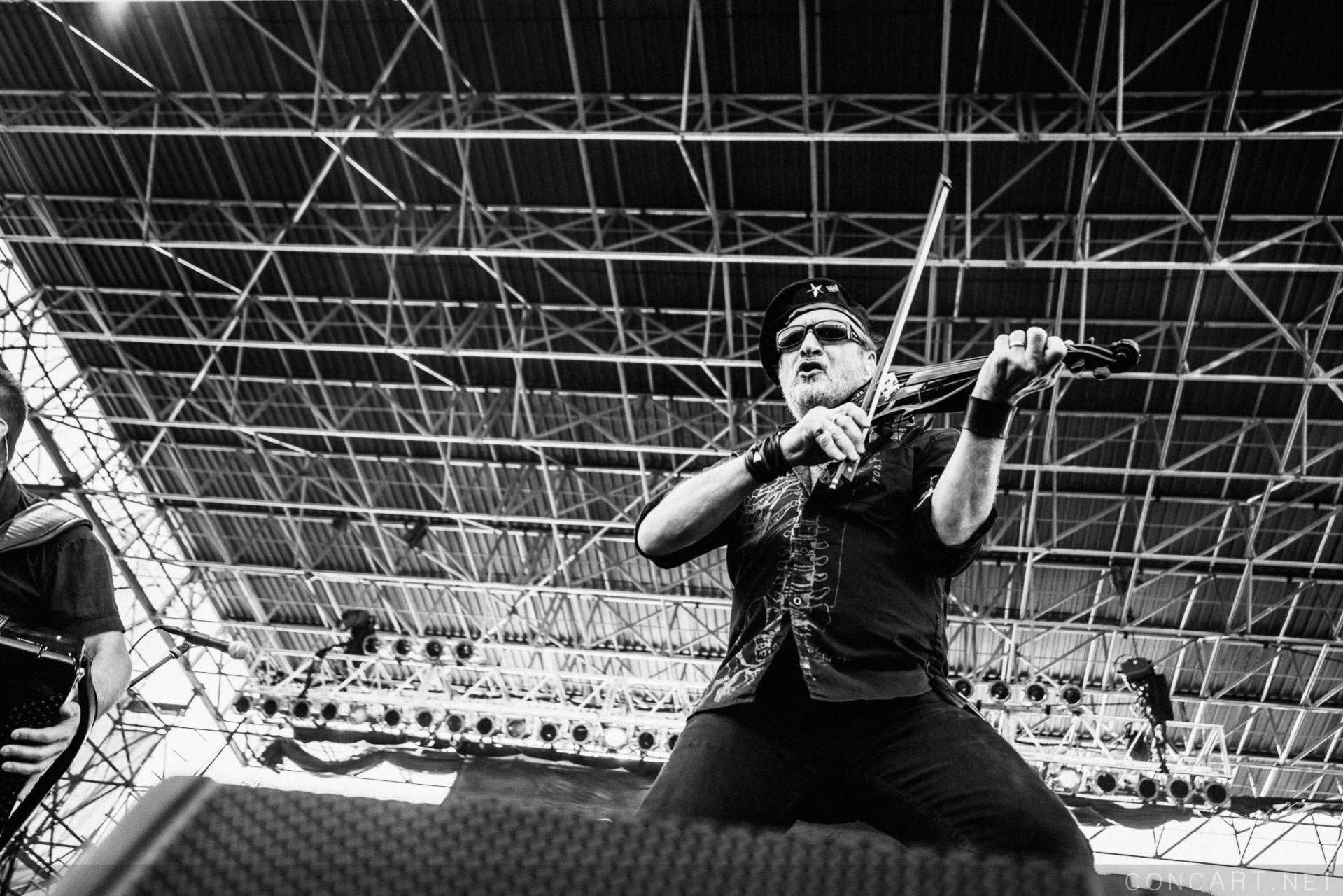 Gogol Bordello photo by Sean Molin 44