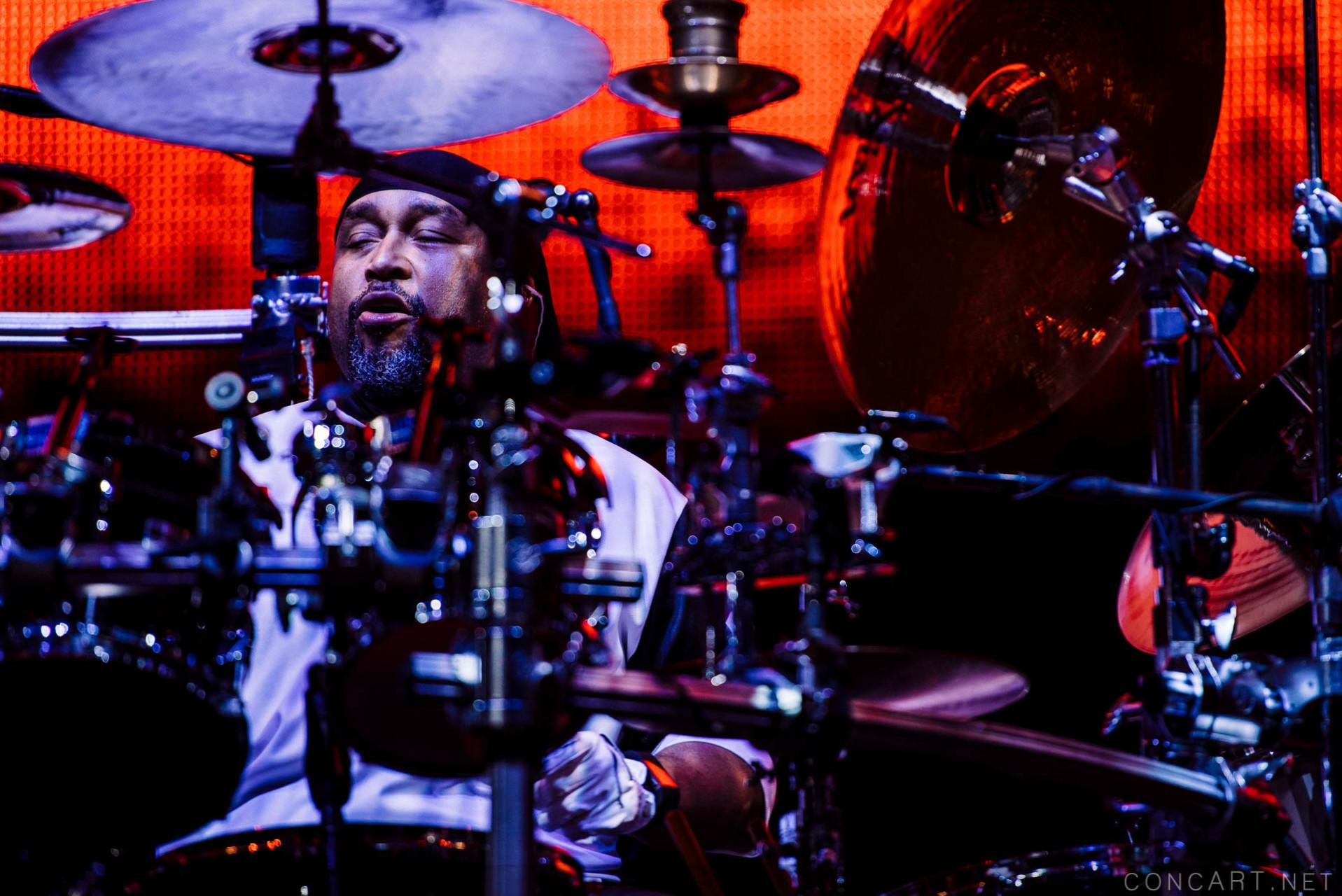 Dave Matthews Band photo by Sean Molin 17
