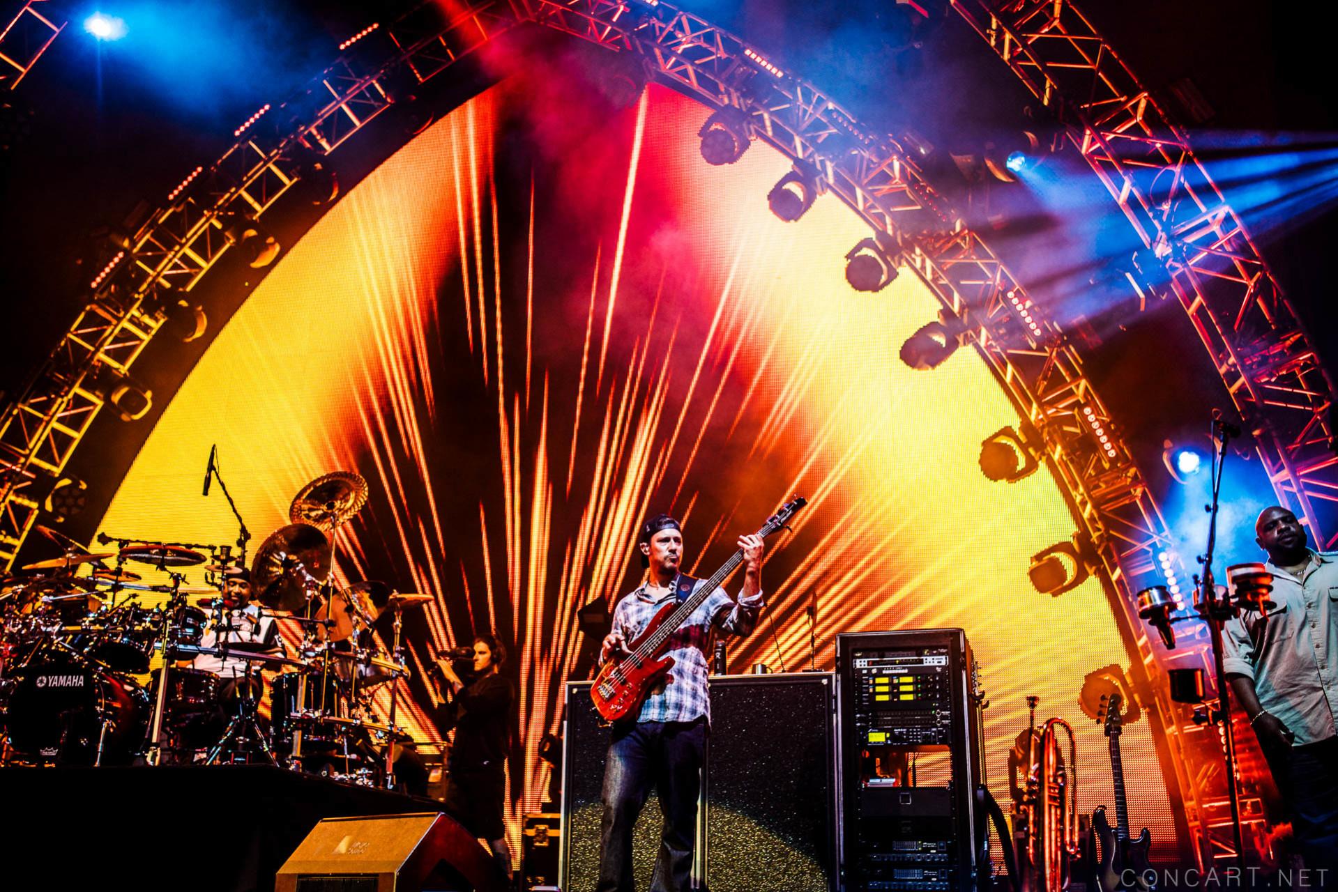 Dave Matthews Band photo by Sean Molin 30