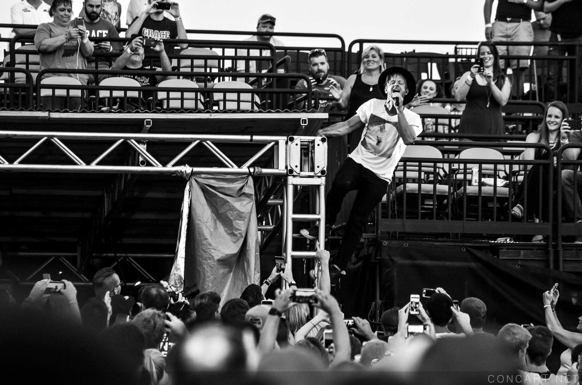 Switchfoot photo by Ashley Adcox 27