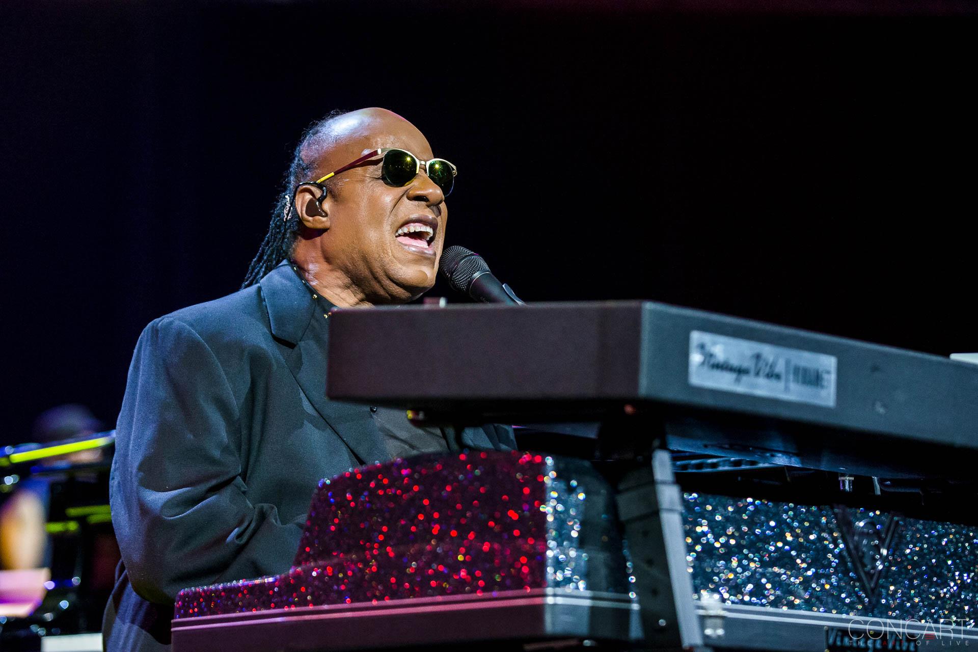 Stevie Wonder photo by Tyson White 5