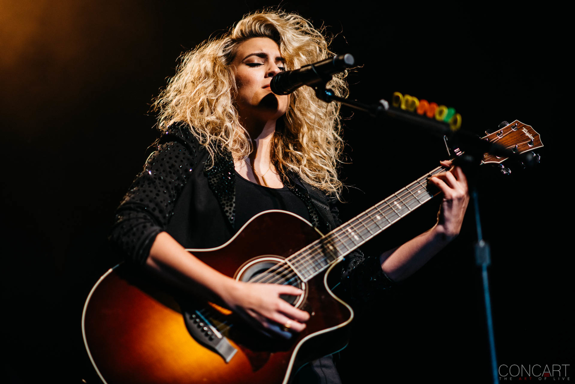 Tori Kelly photo by Sean Molin 1