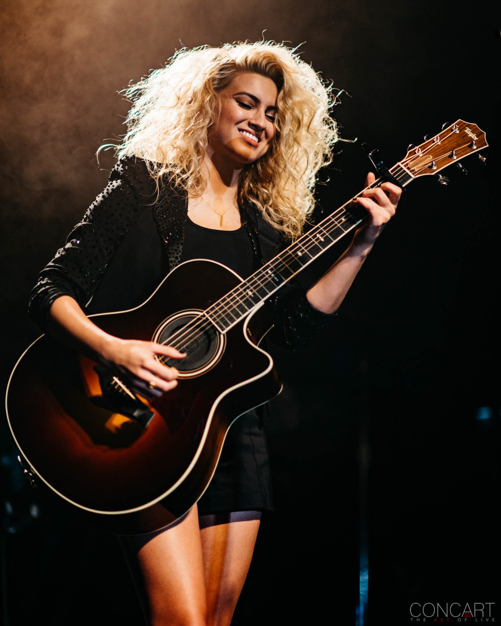 Tori Kelly photo by Sean Molin 3