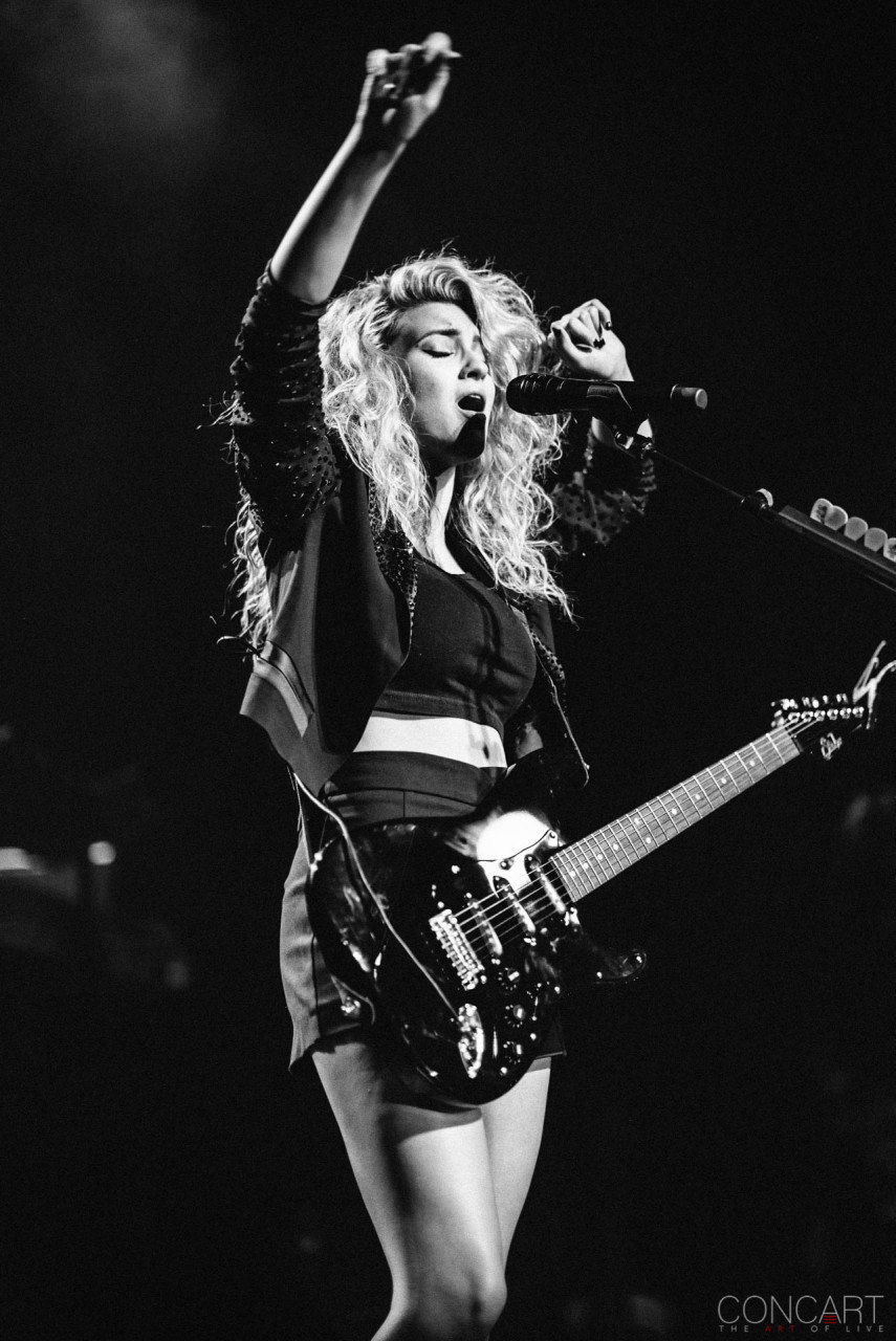 Tori Kelly photo by Sean Molin 11