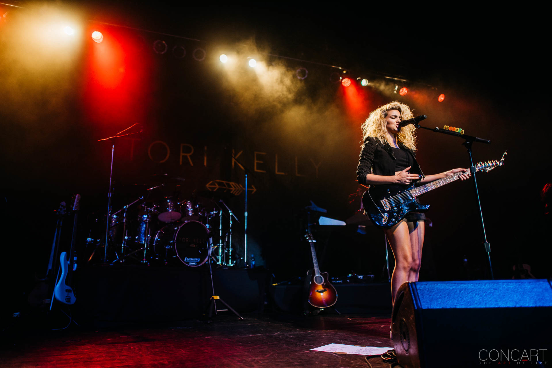 Tori Kelly photo by Sean Molin 18