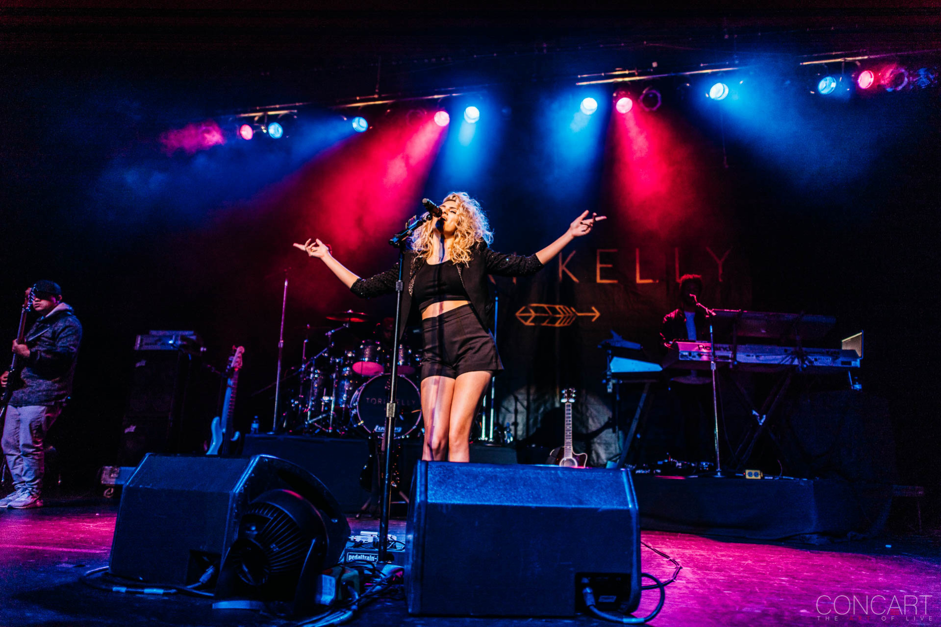 Tori Kelly photo by Sean Molin 19