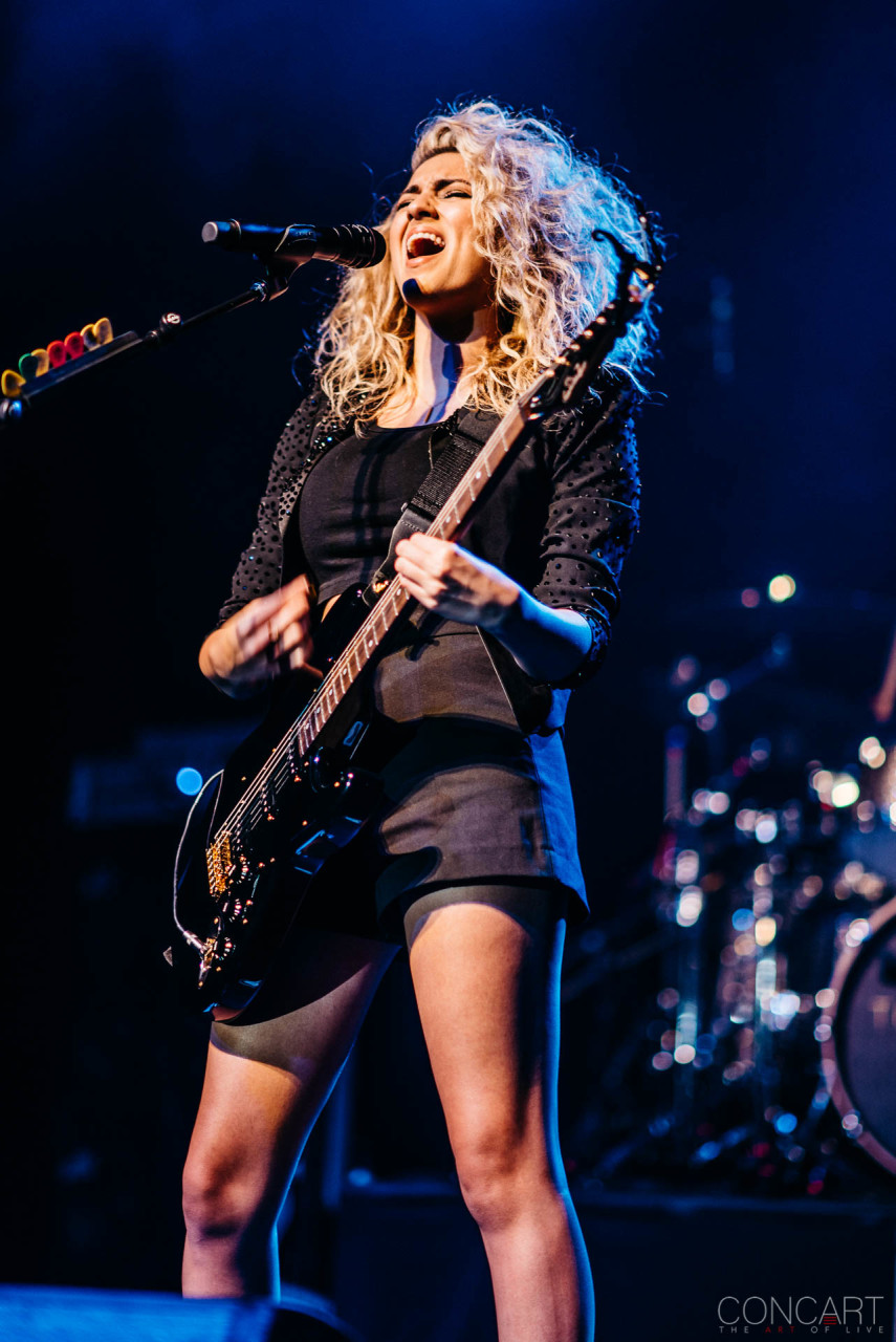 Tori Kelly photo by Sean Molin 22