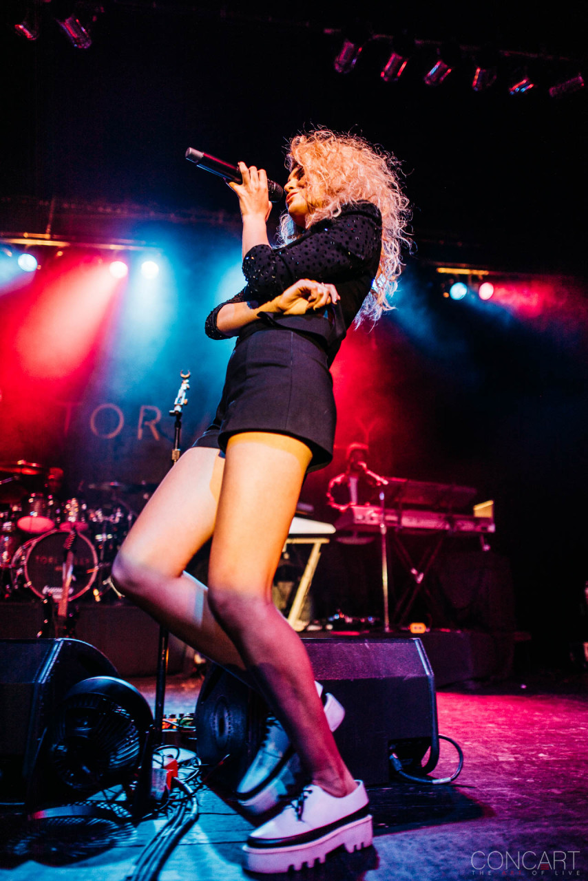 Tori Kelly photo by Sean Molin 26