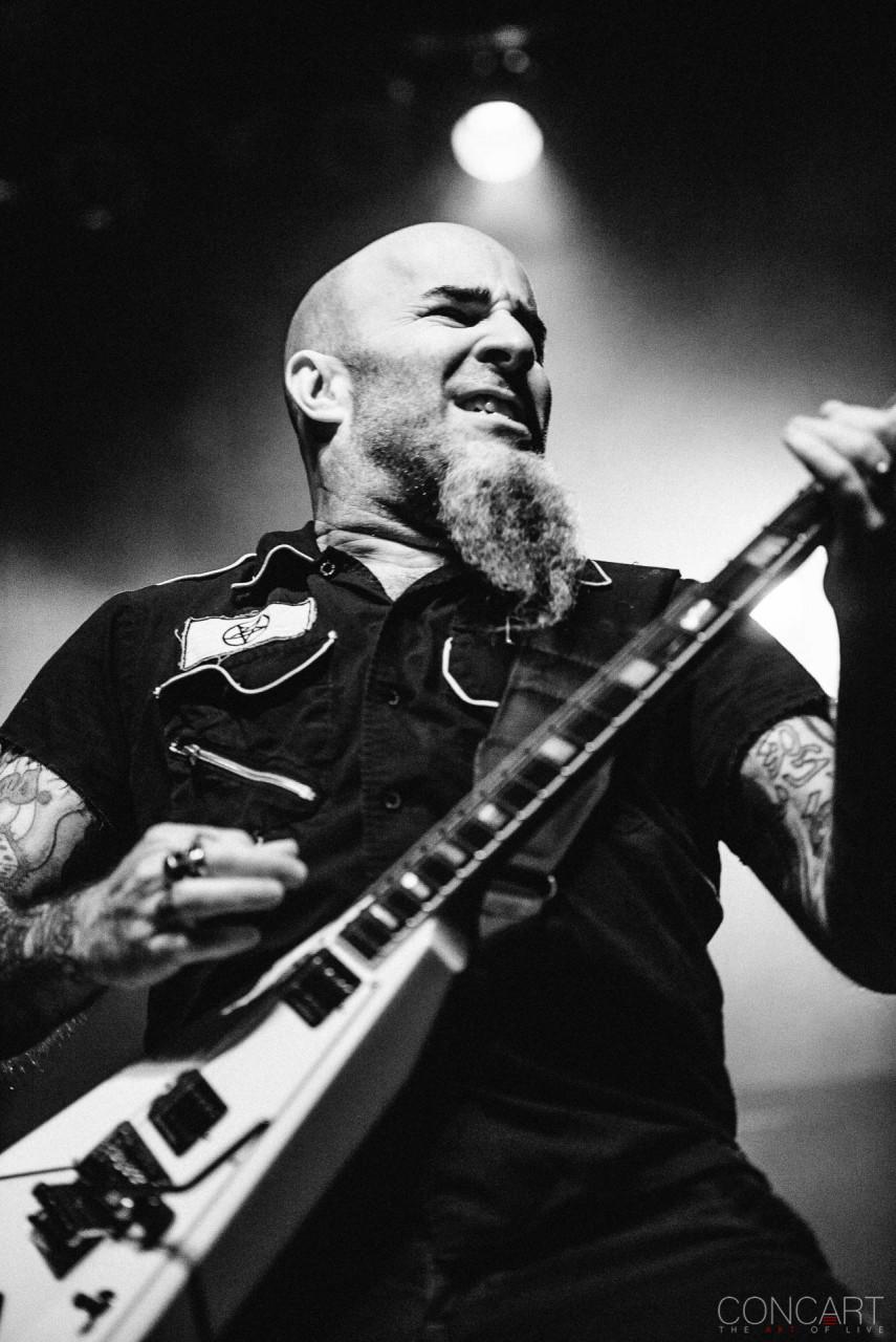 Anthrax photo by Sean Molin 22