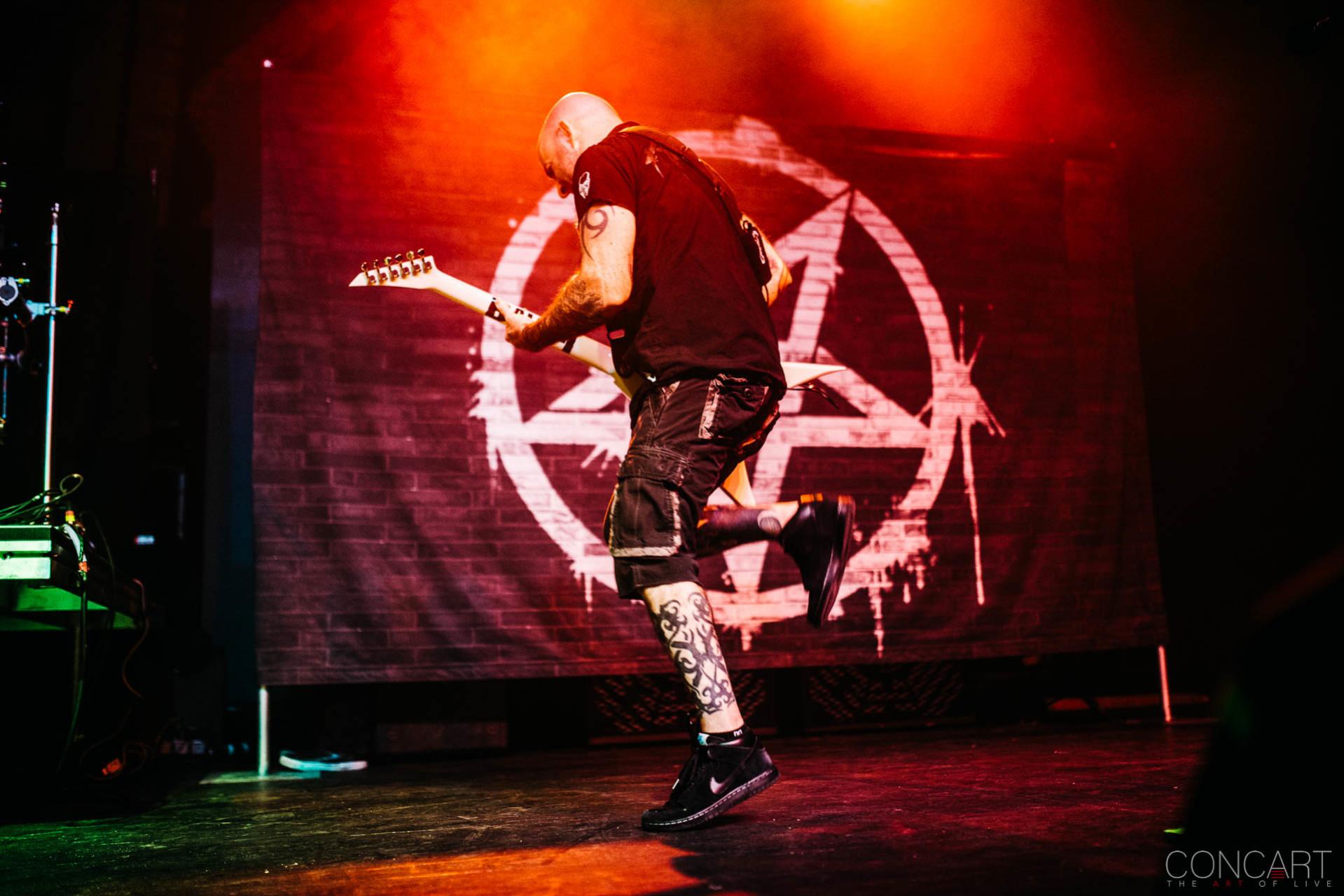 Anthrax photo by Sean Molin 43