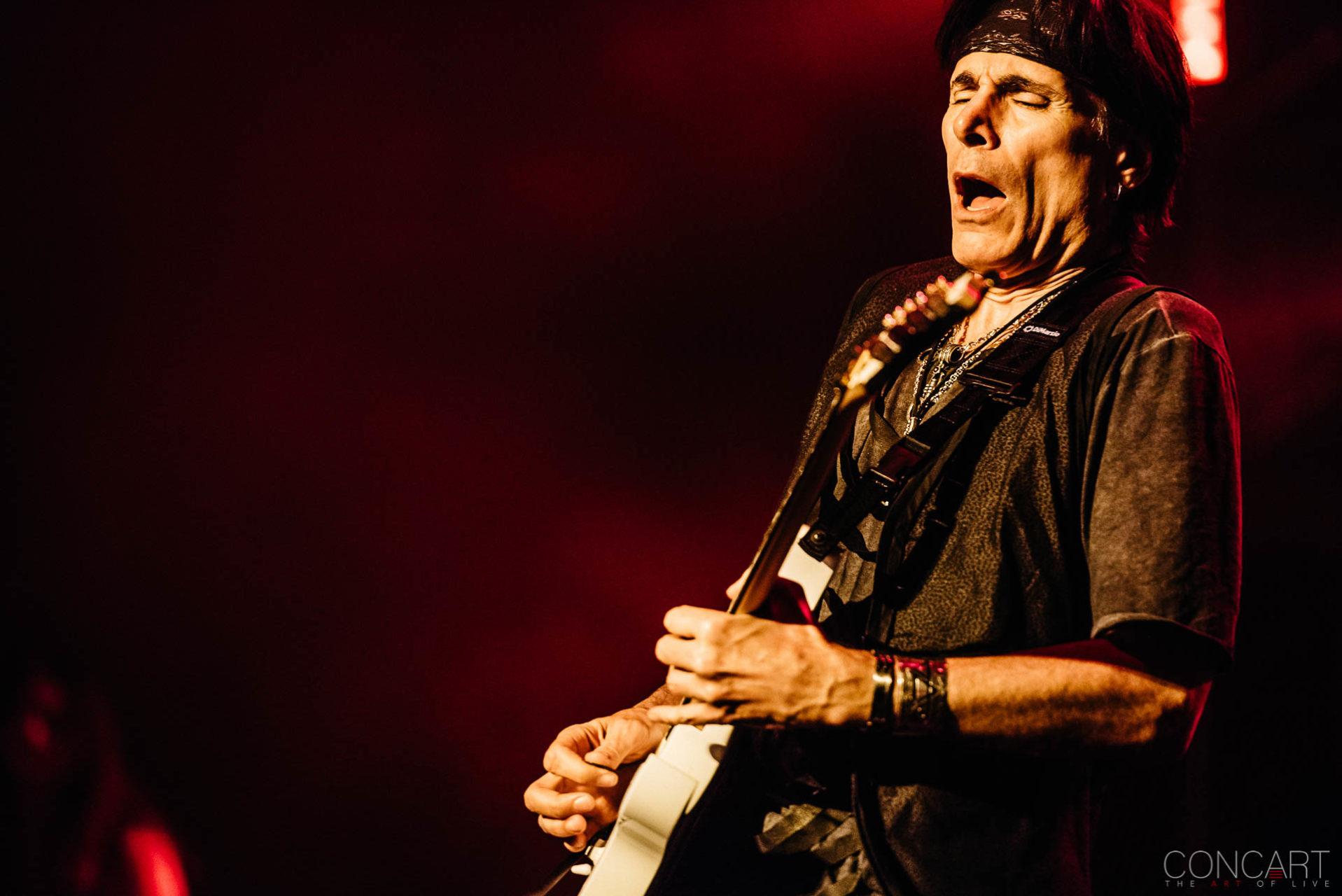 Steve Vai photo by Sean Molin 1