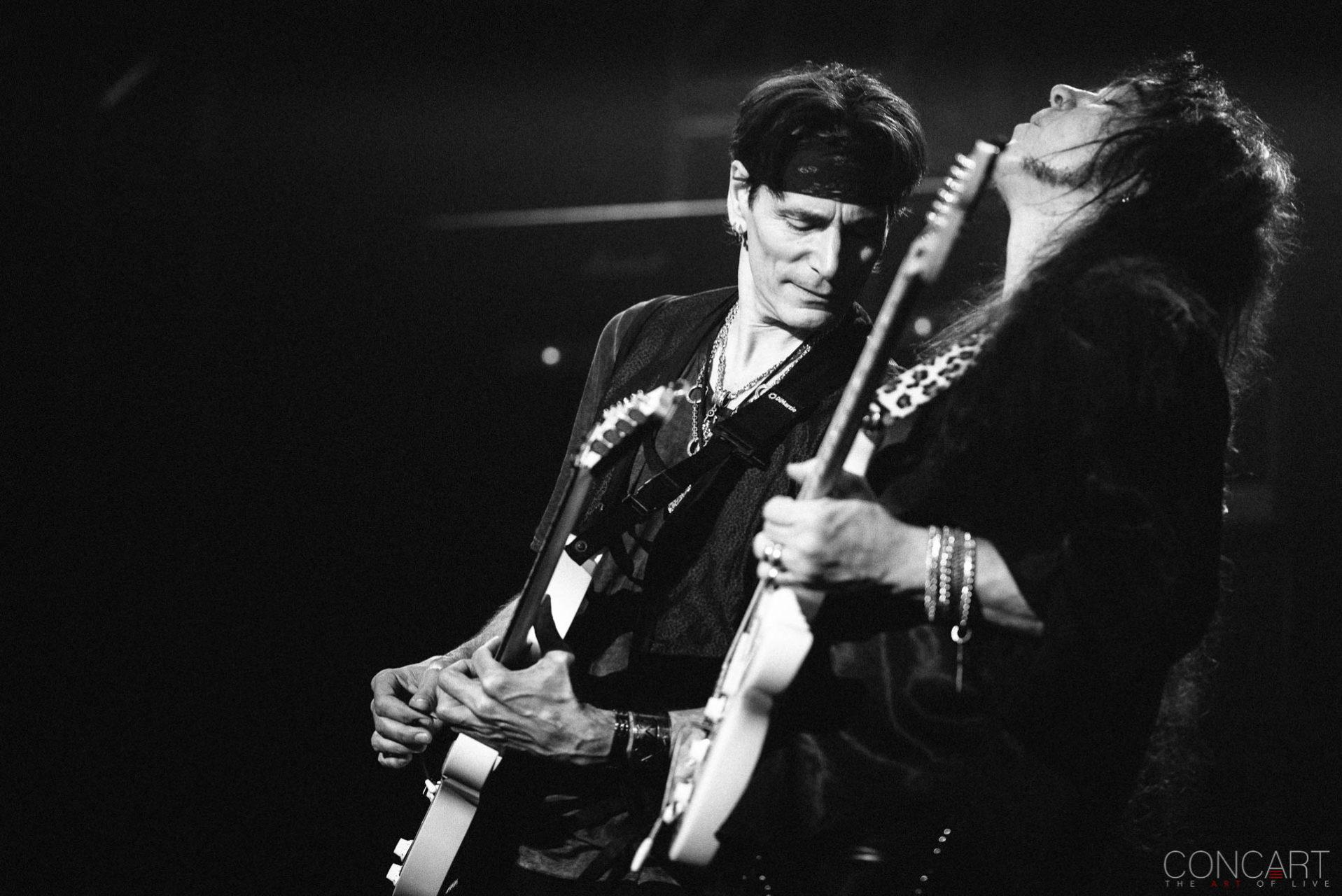 Steve Vai photo by Sean Molin 11