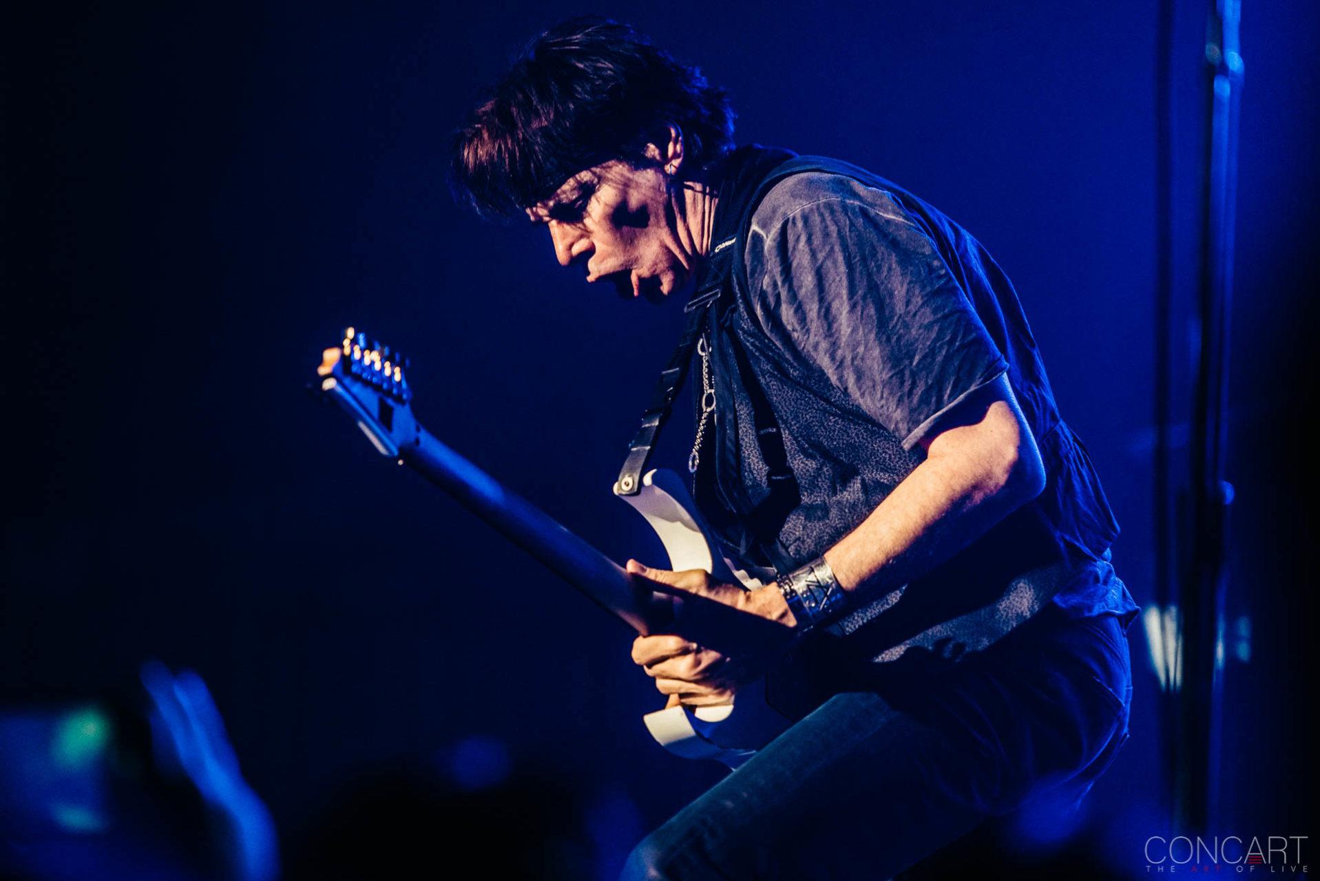 Steve Vai photo by Sean Molin 21