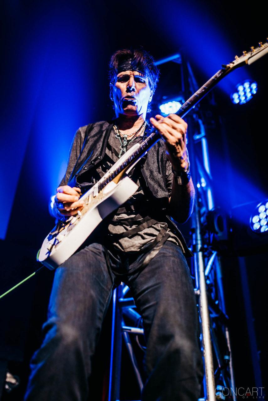 Steve Vai photo by Sean Molin 26