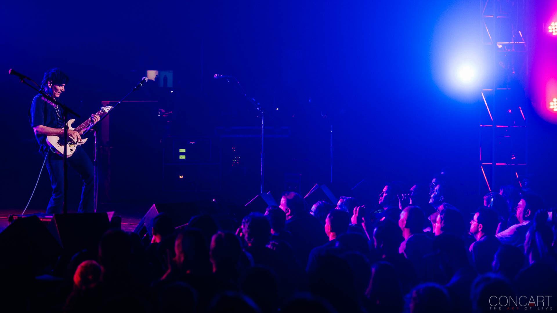 Steve Vai photo by Sean Molin 27