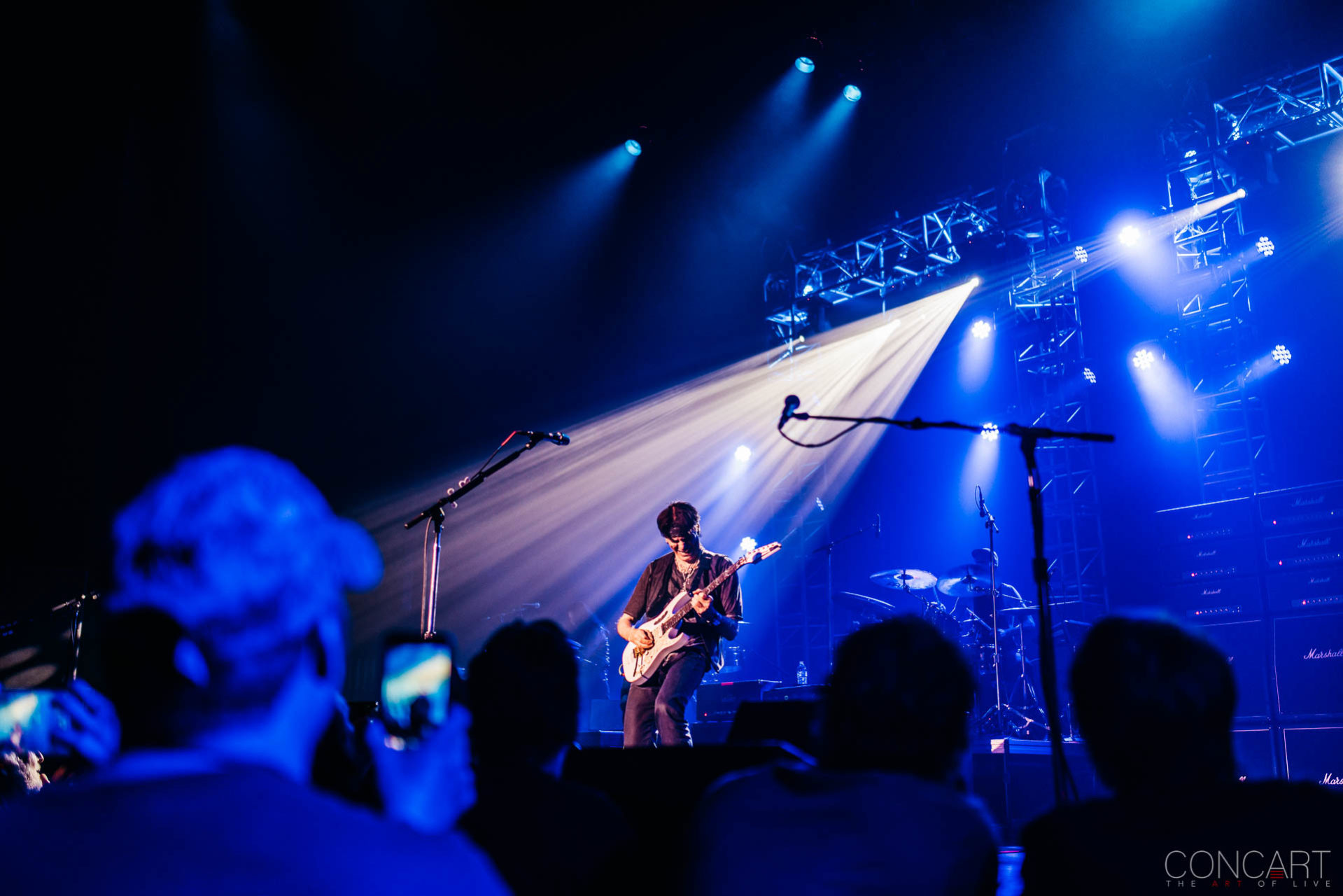Steve Vai photo by Sean Molin 31
