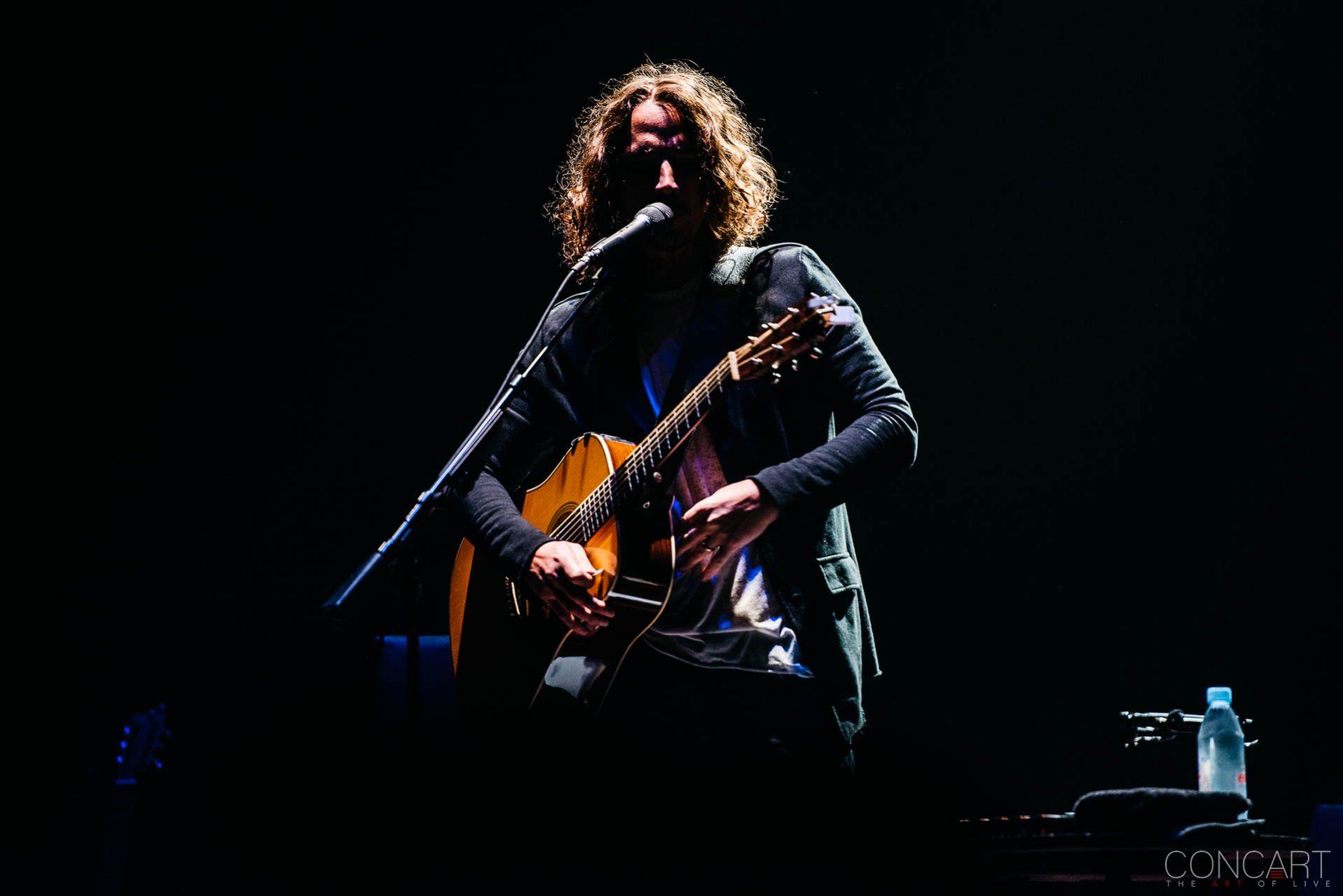 Chris Cornell photo by Sean Molin 12
