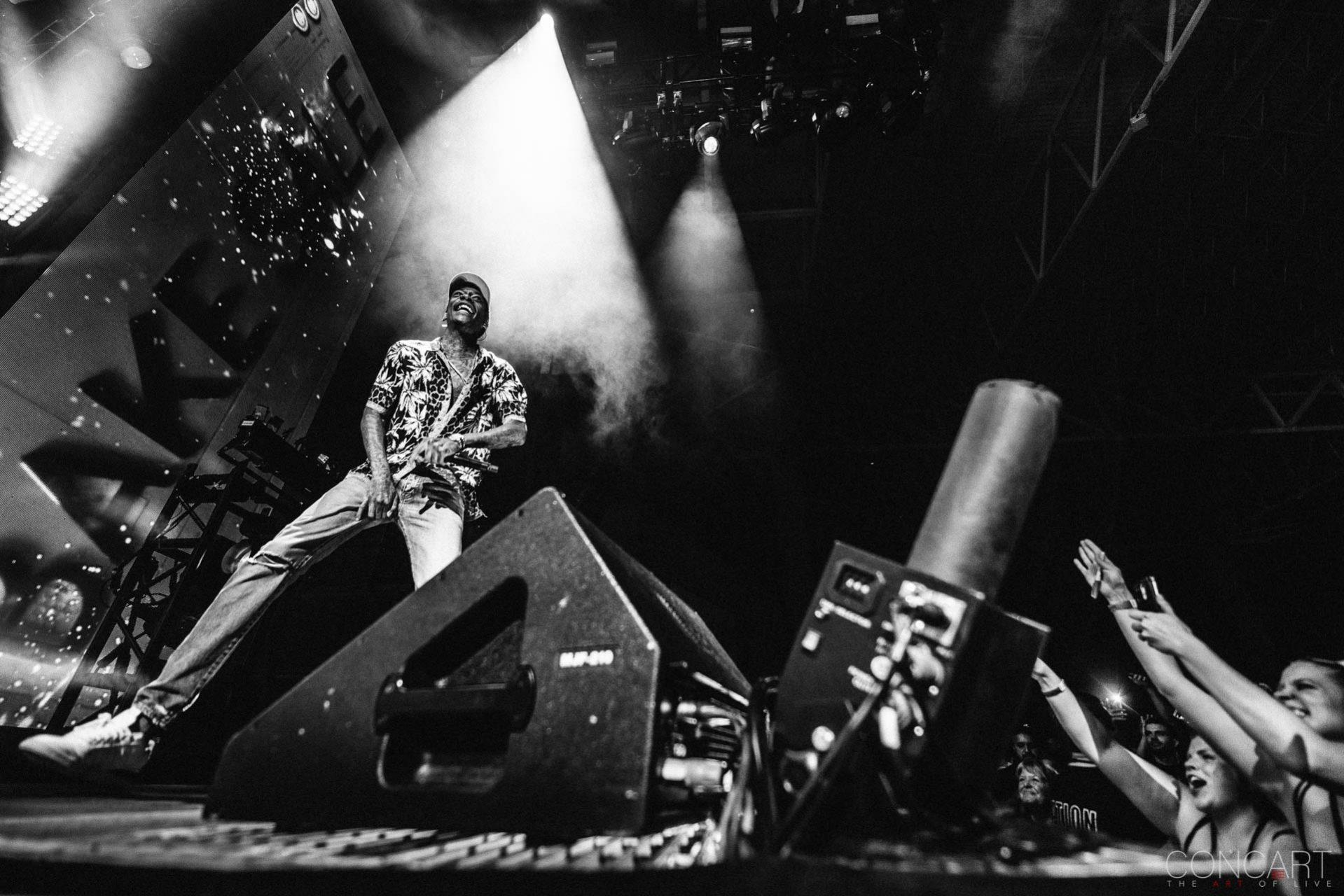 Wiz Khalifa photo by Sean Molin 34
